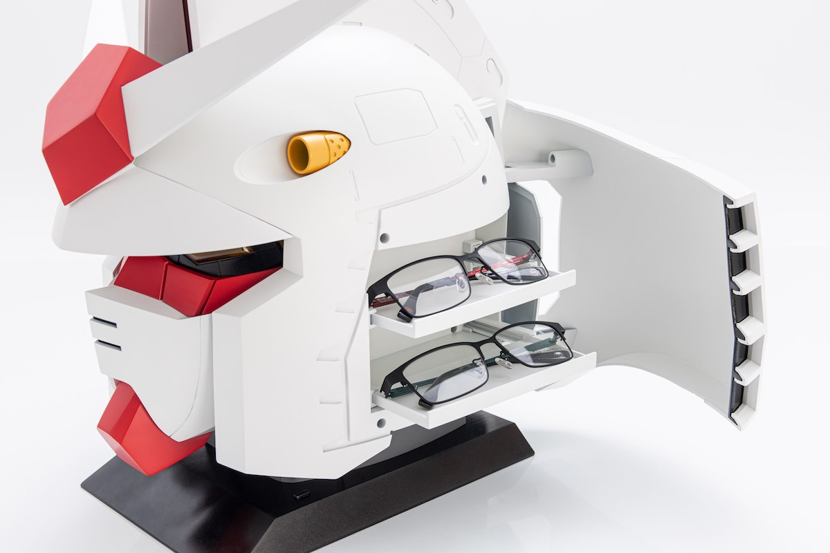https___japangoodsfinder.com_image_2019_10_owndays-mobile-suit-gundam-40th-anniversary-rx-78-2-glasses-case-1
