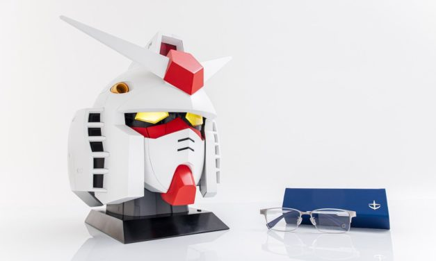 Store Your Eyeglasses in a Model Gundam Head
